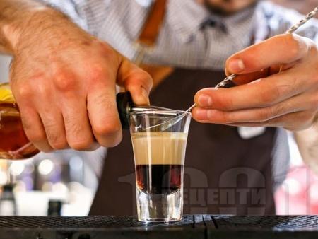 B52 коктейл / шот с кафеен ликьор калуа, бейлис и гран марние - снимка на рецептата